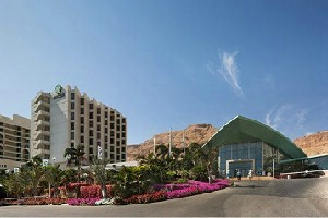מלון אואזיס ים המלח במחיר בלעדי