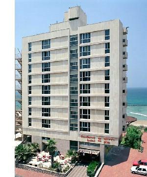 מלון רזידנס נתניה חדרים מול הים