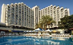 מלון לאונרדו קלאב הכול כלול טבריה