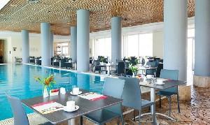 מלון לאונרדו סוויט בת ים